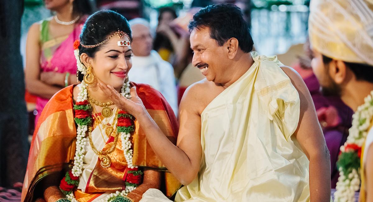 Candid wedding photographer Tumkur
